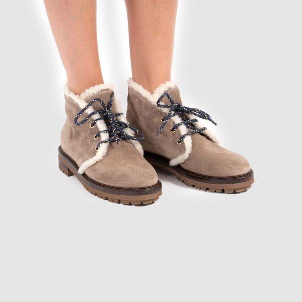 Ботинки флет на меху AGL коричневые