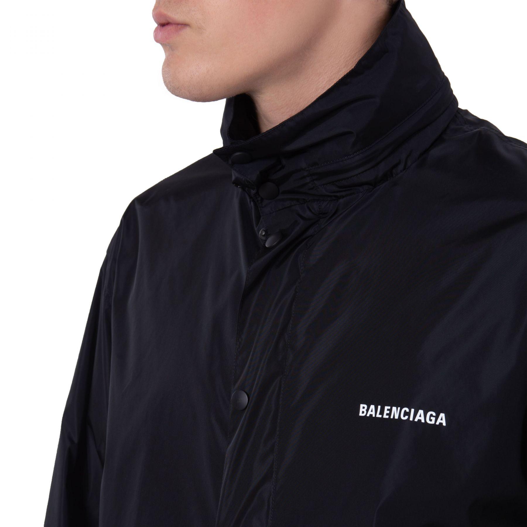 Плащ Balenciaga черный