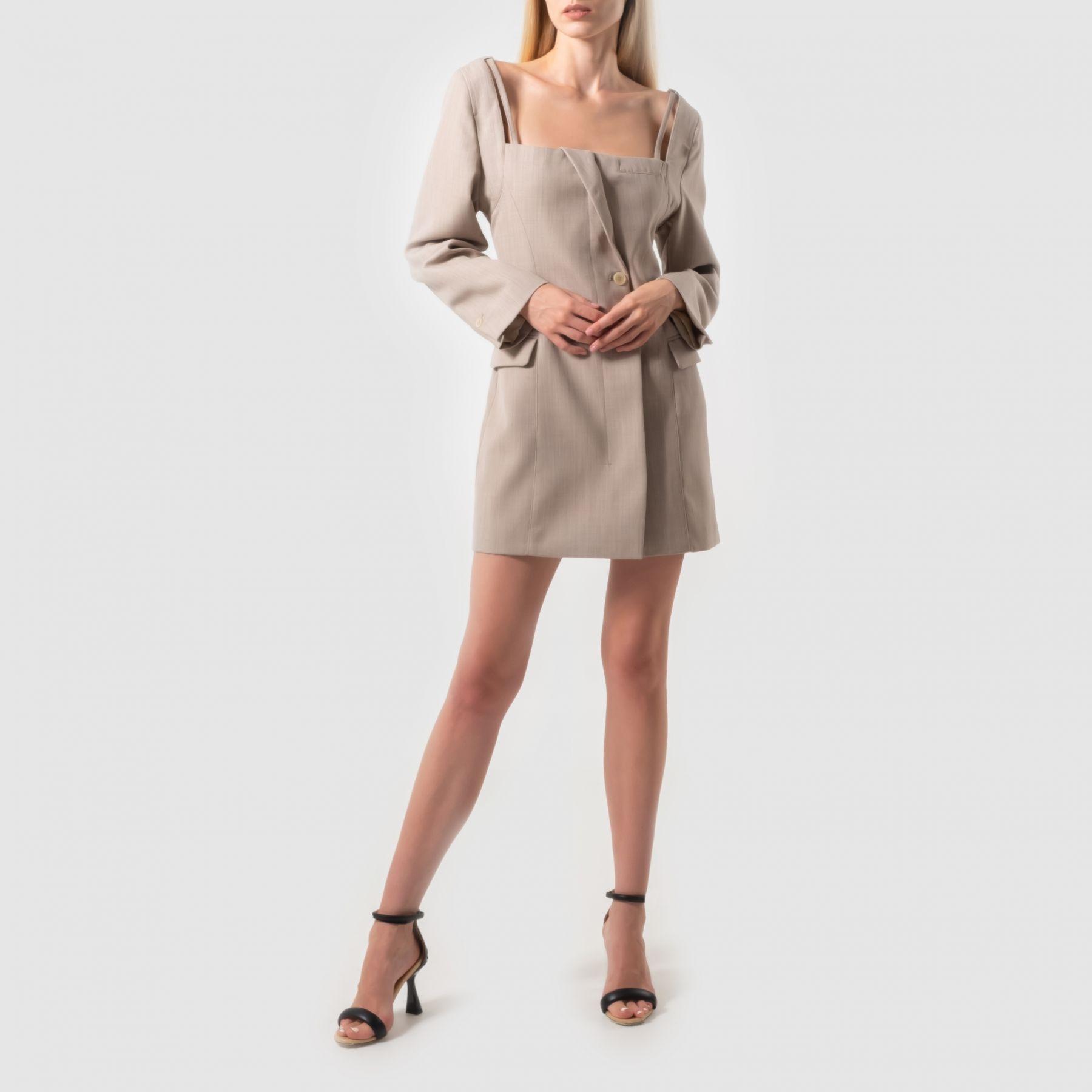 Платье Jacquemus бежевое