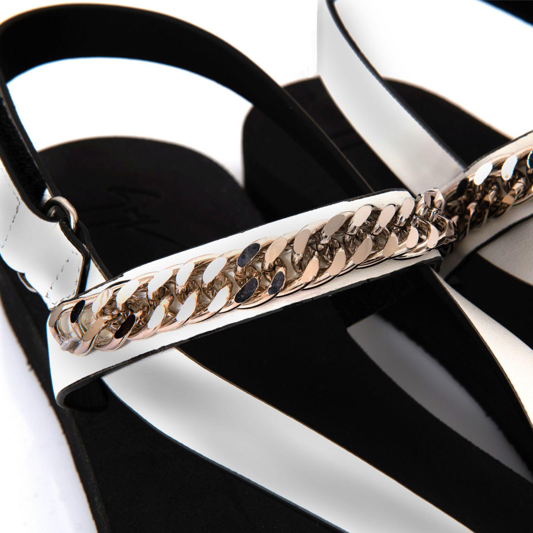 Босоножки Giuseppe Zanotti Hydra Chain черные