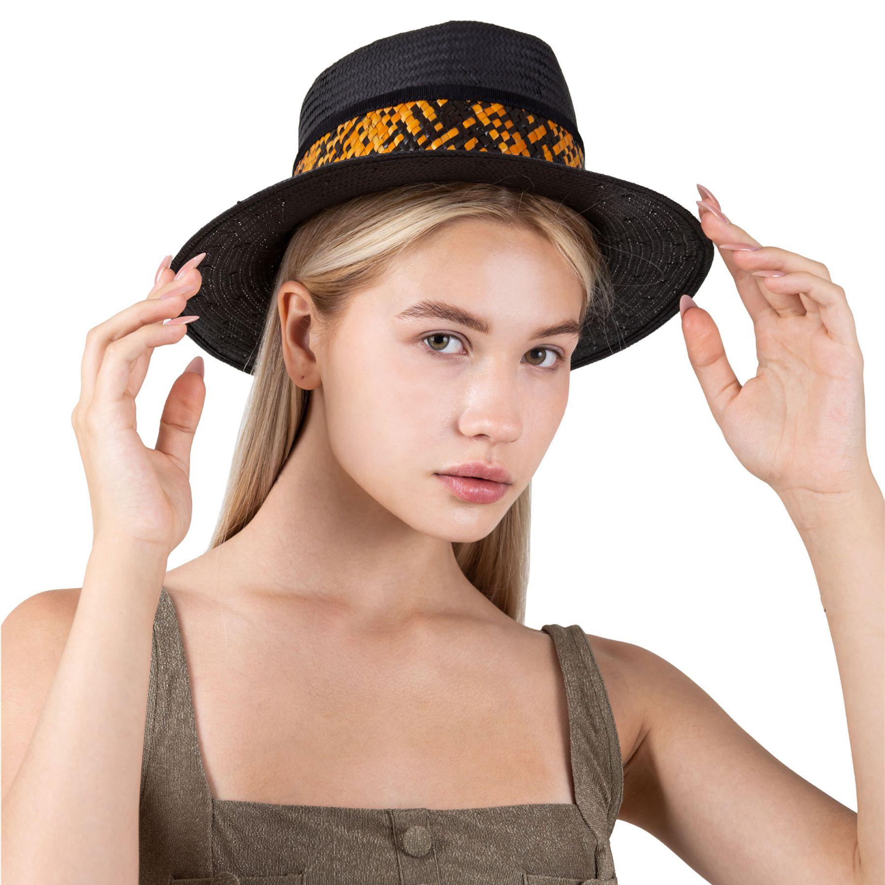 Шляпа Moeva черная