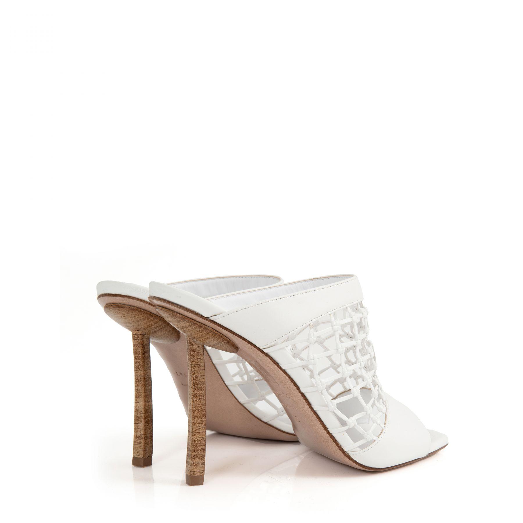 Босоножки Le Silla Vanessa белые