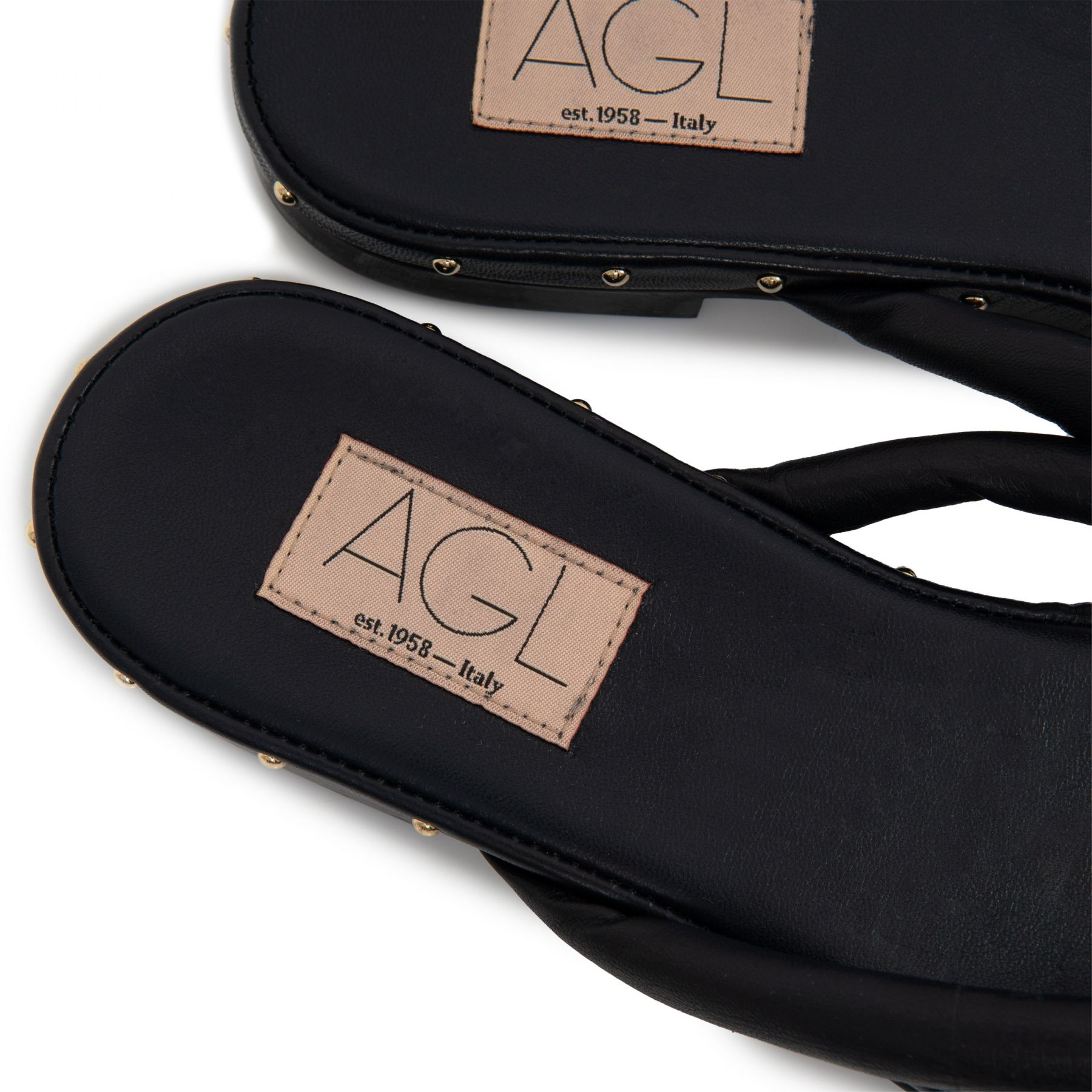 Шлепанцы AGL Sveva черные