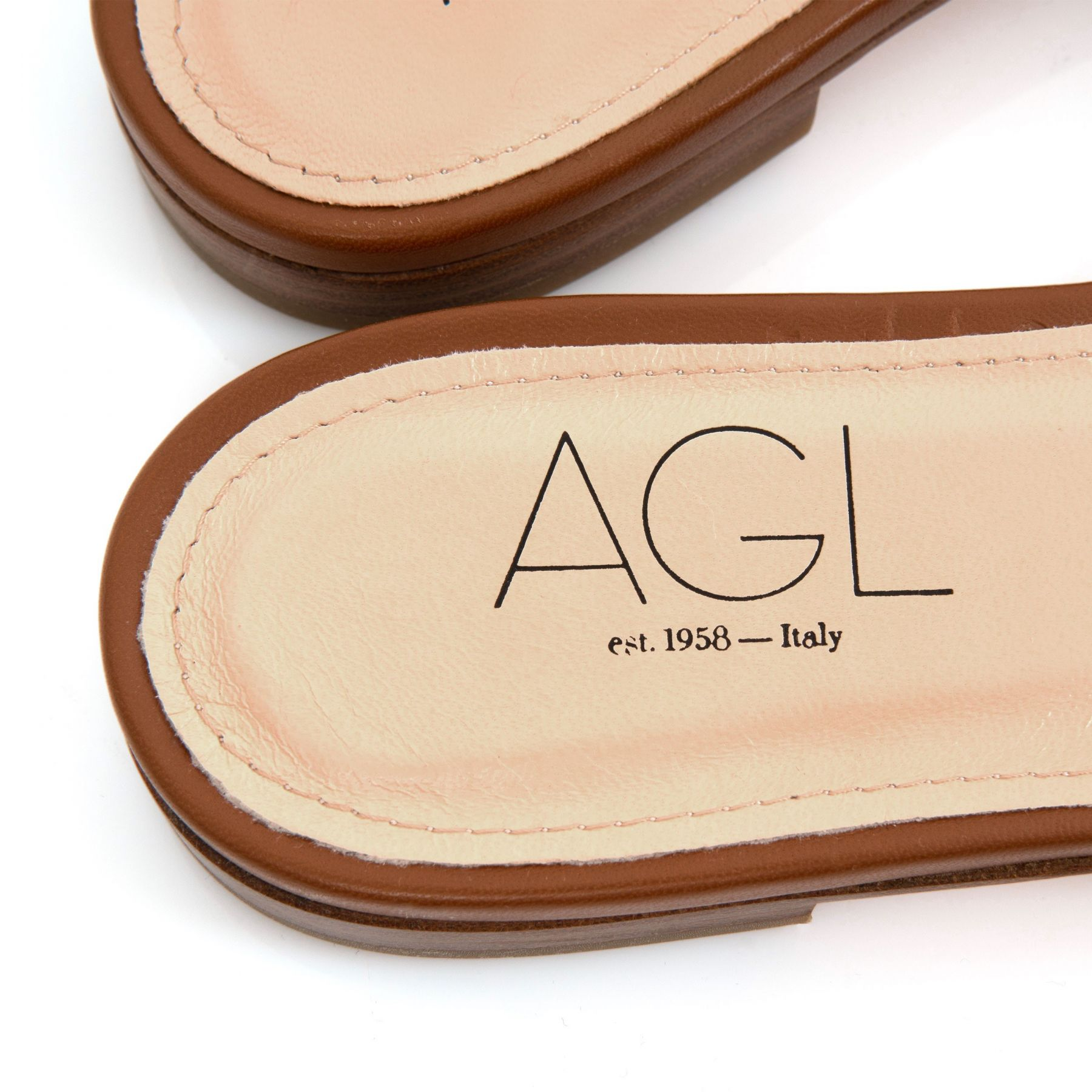 Шлепанцы AGL Sheryl коричневые