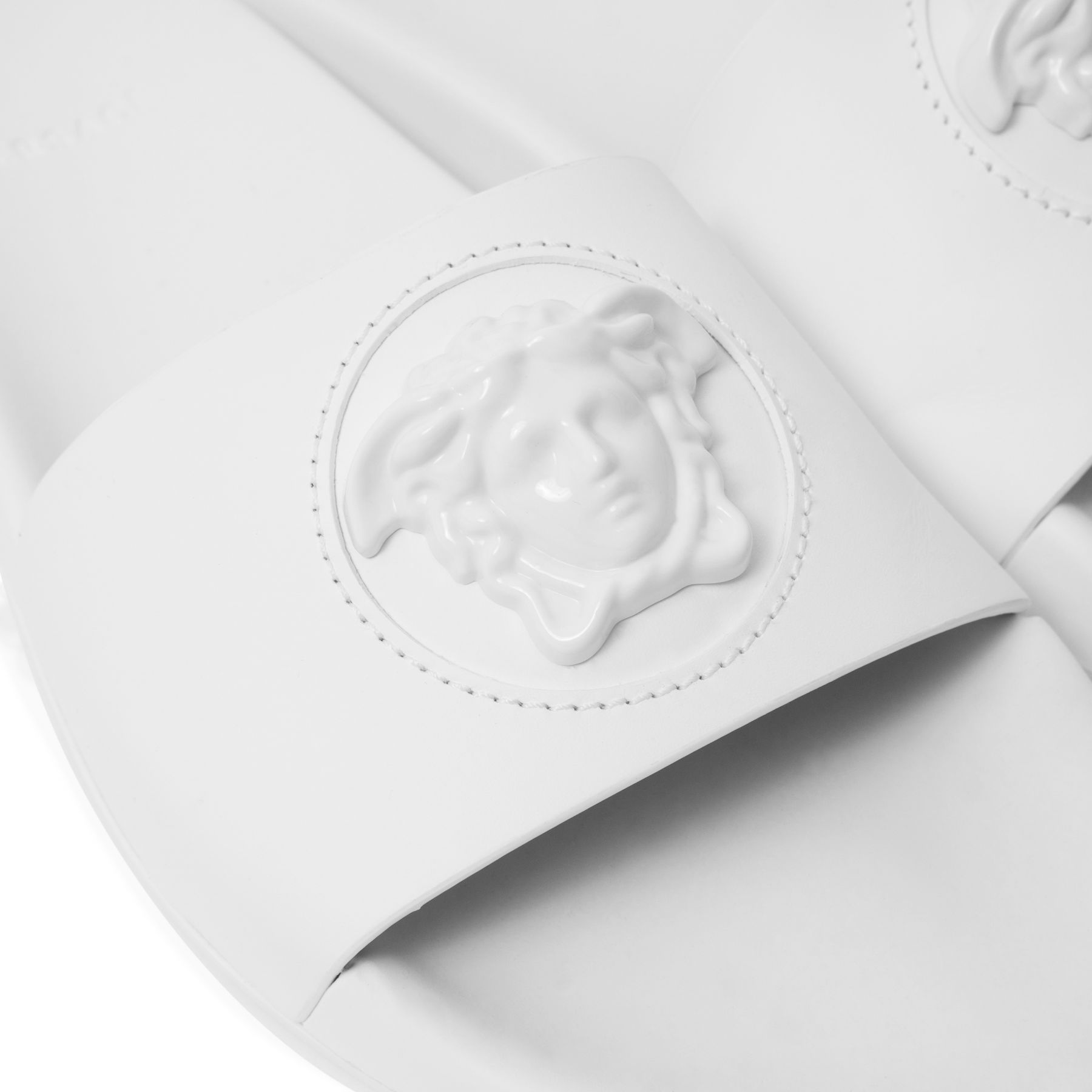 Шлепанцы Versace La Medusa белые