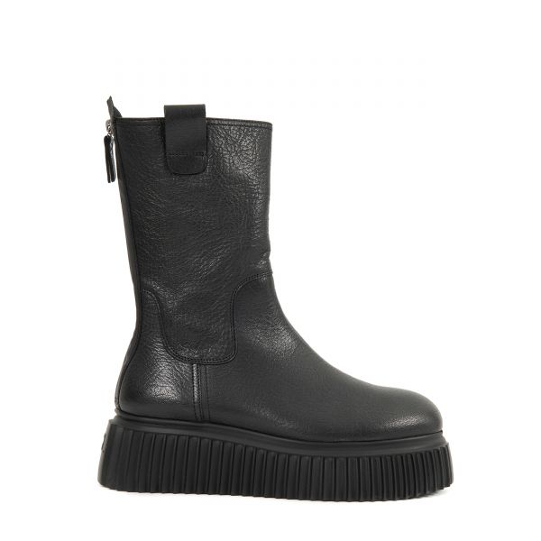 Ботинки AGL черные