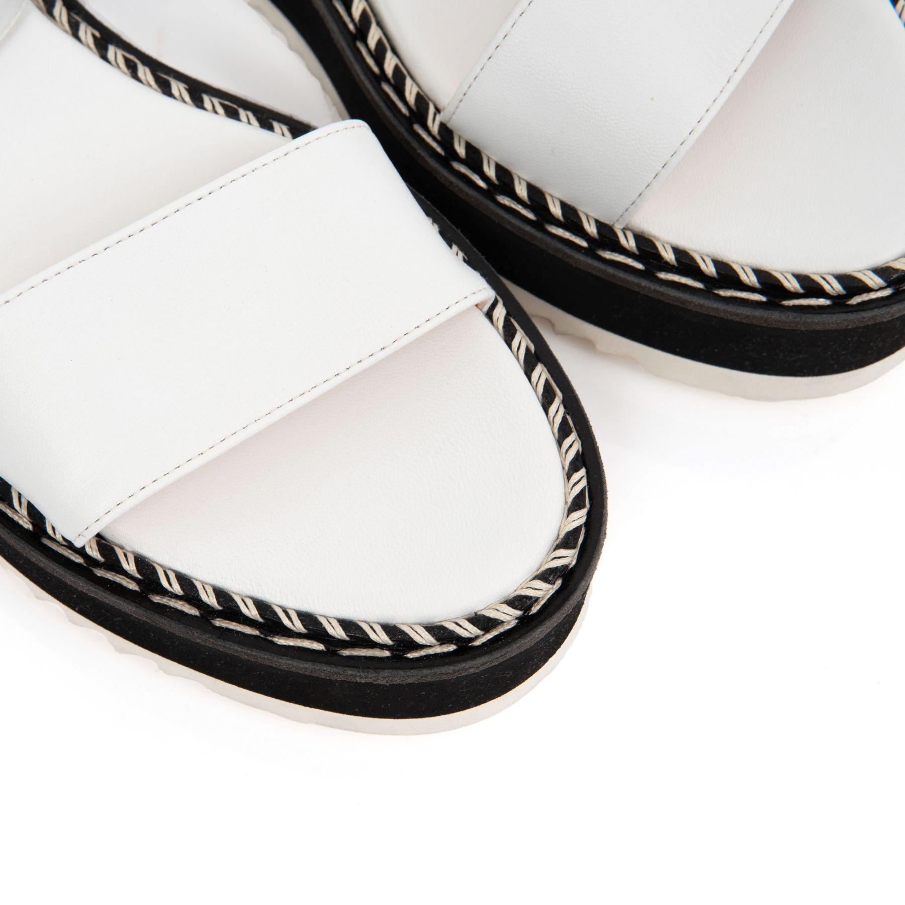 Босоножки AGL Myrte бело-черные