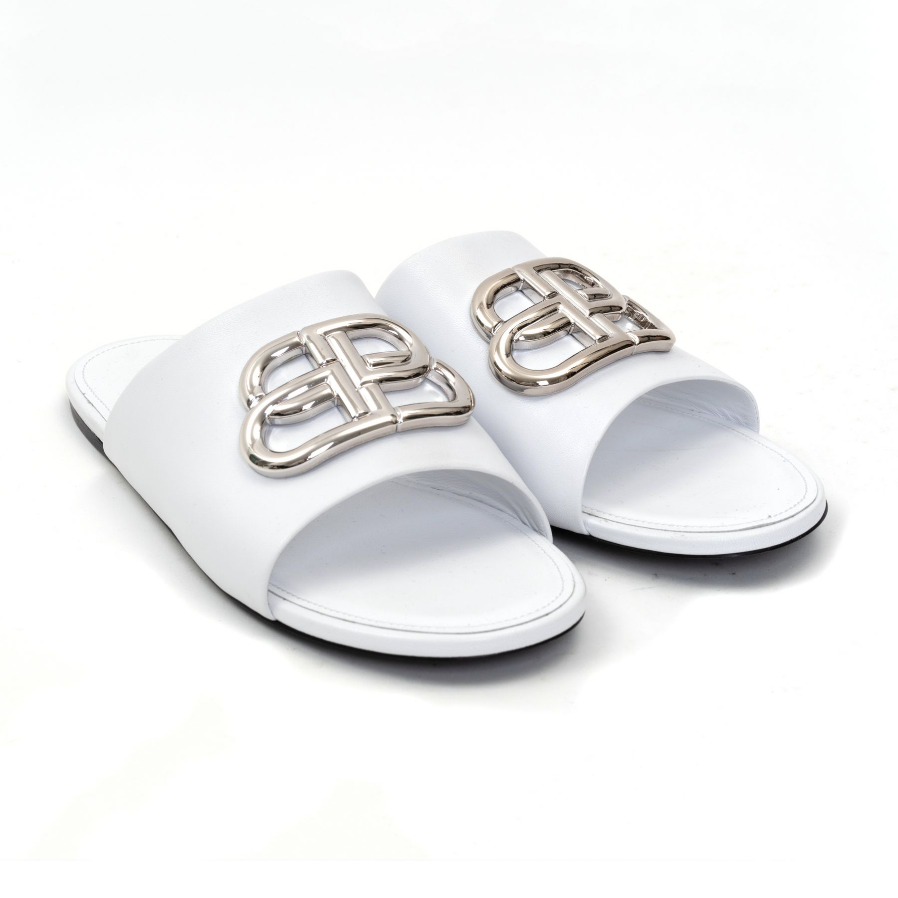 Босоножки Balenciaga бело-серебристые