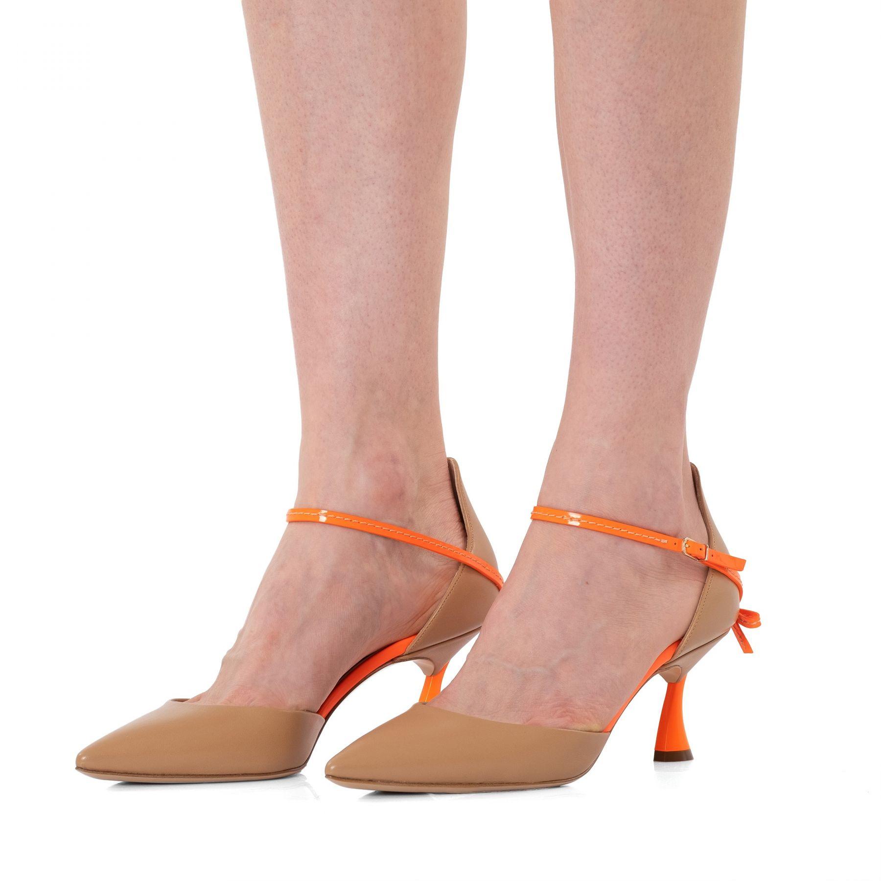 Туфли Casadei K Blade Penny бежевые
